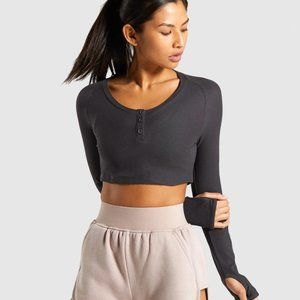 Gymshark Legacy Fitness Crop Top in Washed Black